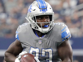 Kerryon Johnson runs over defenders for first career TD