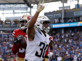 Rivers floats a pinpoint pass to Austin Ekeler for 22-yard TD