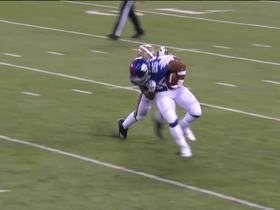 Davenport wraps up Saquon in the backfield for 7-yard loss