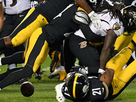 Alex Collins coughs up ball on Steelers' 1-yard line