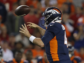 Keenum beats Chiefs with jump pass on fourth down