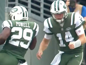 Darnold throws block to assist Powell in 38-yard gain