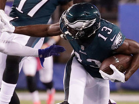 Agholor gains 32 yards on unusual ricochet catch