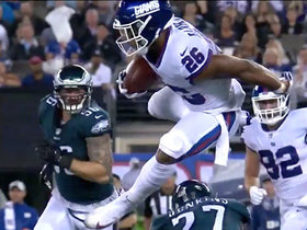 Barkley makes three Eagles miss on hurdling run