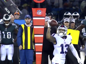 OBJ makes one-handed grab and nifty juke
