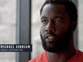 Michael Johnson helps bring the Cincinnati police and local youth together