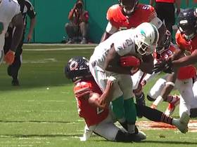 Frank Gore sheds off defenders for an 18-yard catch and run