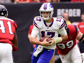 Josh Allen sheds tackles for first-down run