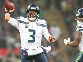 Russell Wilson heaves 42-yard pass to Doug Baldwin