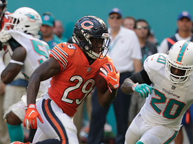 Cohen bursts past the defense for 50-yard catch and run