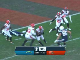 Christian Kirksey catches tipped pass for interception