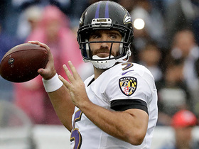 Flacco lofts 27-yard pass to Crabtree
