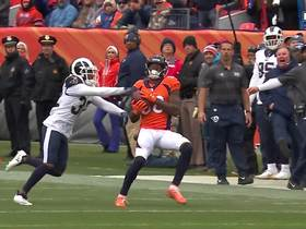 Keenum LAUNCHES to Thomas for 45 yards