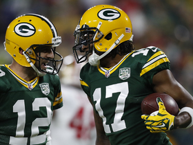 Rodgers finds Davante Adams streaking over middle for TD