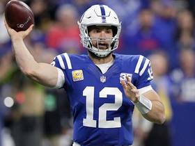 Luck throws to WIDE open Rogers for 29-yard gain