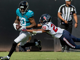 Donte Moncrief spins out of tackle for first down