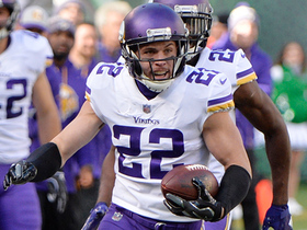 Harrison Smith intercepts tipped pass for 52-yard return