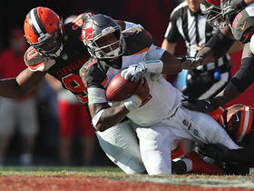 Emmanuel Ogbah sacks Winston to force punt