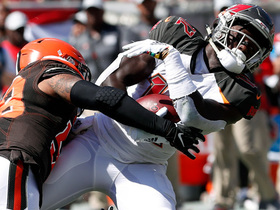 Winston keeps play alive to find Godwin for big catch and run