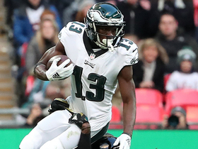 Agholor darts past defender to make on-the-run catch