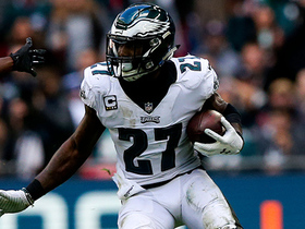 Malcolm Jenkins scoops up ball after Cole fumbles