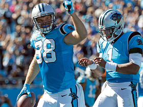 Greg Olsen hauls in TD catch in tight coverage