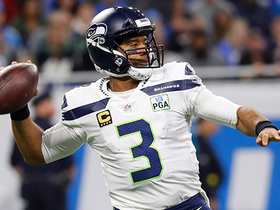 Russell Wilson launches dime to Baldwin for 20-yard gain