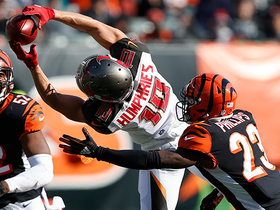Adam Humphries gets UP to snag tough catch