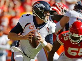 Dee Ford strip-sacks Keenum for Chiefs fumble recovery