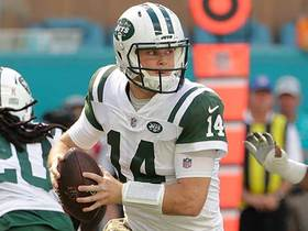 Darnold hits Chris Herndon in stride for 28-yard gain