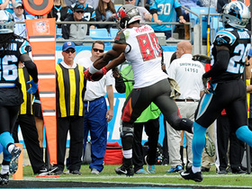 O.J. Howard jukes Panthers' D for TD pass