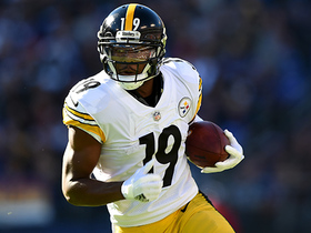 JuJu Smith-Schuster shaken up after deep catch over middle