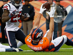 Keenum fits TD between two defenders to Heuerman