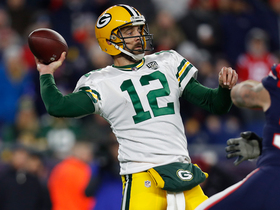 Rodgers throws perfect strike to Valdes-Scantling for 26 yards