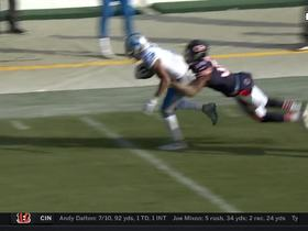 Marvin Jones makes leaping grab for 32 yards