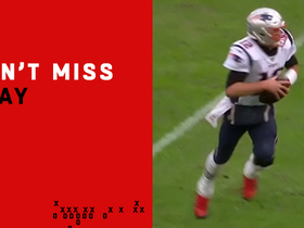 Can't-Miss Play: Brady catches pass on trick play