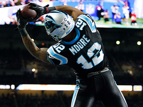 DJ Moore toe taps in the end zone for 8-yard TD