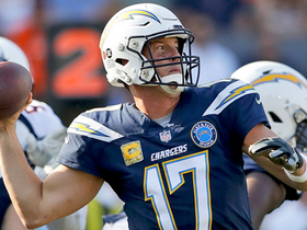 Rivers beats Broncos' third-down blitz with perfect pass to Gates