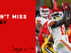 Can't-Miss Play: Tyreek Hill pirouettes for sensational sideline grab
