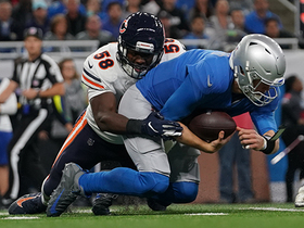 Roquan Smith sidesteps Riddick to sack Stafford