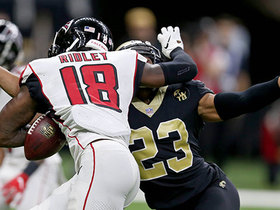 Lattimore pops out ball to turn Ridley's near-TD into fumble