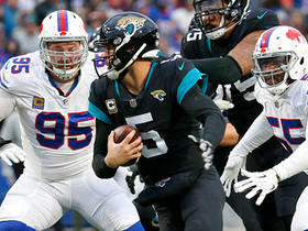 Kyle Williams powers through Jags' OL for key third-down sack