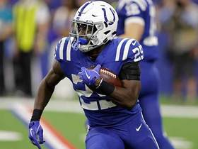 Marlon Mack can't be caught on 25-yard run
