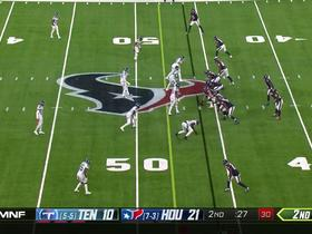 DeAndre Hopkins contorts for impressive 24-yard sideline snag
