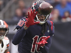 DeAndre Hopkins goes UP and over defender for 24 yards