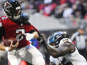 Terrell Suggs spins down Matt Ryan for third-down sack