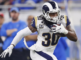 Gurley rushes past defenders untouched for 13-yard TD