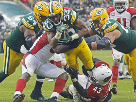 Aaron Jones forces his way into end zone for KEY TD