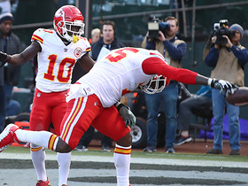 Mahomes' TD dart to Conley puts game out of reach