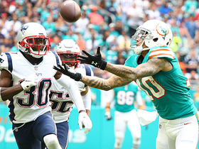 Kenny Stills extends for a fantastic 43-yard catch